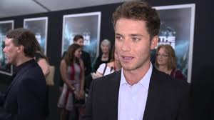 Jeremy Sumpter Friday Night Lights Into The Storm Jeremy Sumpter Exclusive Premiere Interview Youtube