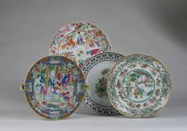 canton porcelain canton famille mandarin figures warming dish and plate a