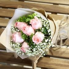graduation flowers buy graduation flowers online in singapore d petals