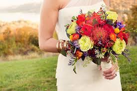 wedding flowers autumn fall wedding bouquets