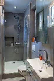 salle d eau dans chambre une salle d eau bien pensée salle de bains mais