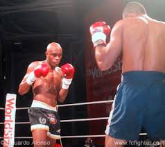 Anderson Silva Bench Press Full Contact Fighter April 2003 News