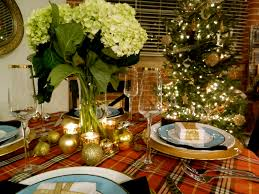 christmas table setting ideas with white dining chairs also green