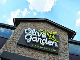 Olive Garden Family Style Olive Garden Employee Blames Shorted Tips On Faulty Automated