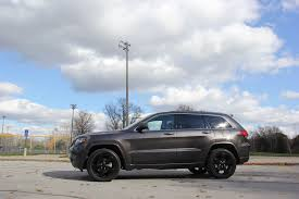 jeep altitude 2017 5 things to know about the jeep grand cherokee altitude jk forum