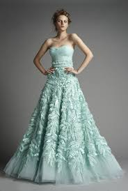 Wedding Dresses 2011 Summer A Show Stopping Combination Of Tulle And Texture Couture Gown By