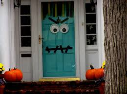 making your own halloween decorations home decorating ideas