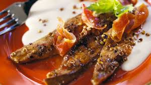 cuisiner aiguillettes de canard recette d aiguillettes de canard aux 5 baies crème d ail l