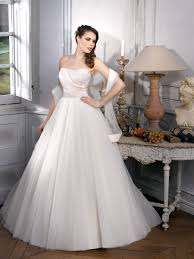 wedding dress ball gown wedding dresses with sweetheart neckline