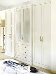 shaker style bedroom painted shaker style bedroom furniture