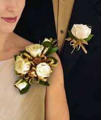 how to make corsages and boutonnieres gold roses corsages boutonnieres by house of plants