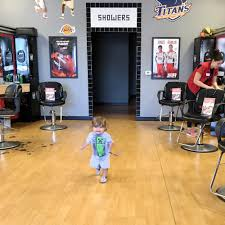 sport clips haircuts 11 photos u0026 61 reviews barbers 1060 e