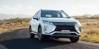 mitsubishi sports car 2018 2018 mitsubishi eclipse cross pricing and specs photos 1 of 17