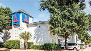 Hotels Next To Six Flags Over Texas Studio 6 Dallas South Arlington Hotel In Arlington Tx 55