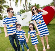 family matching stripped family clothing mother and
