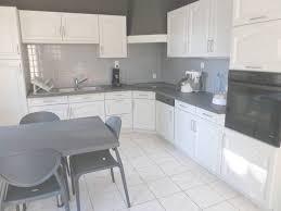 cuisine a faire soi meme repeindre meubles de cuisine rustique conception de maison within