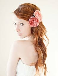 floral hair accessories like the positioning of the flowers but want more curls hair