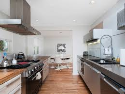 Ultra Modern by Ultra Modern Chic 20 Minutes To Downtown Homeaway South