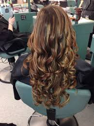 curly hair with lowlights ideas about lowlights and highlights hairstyles pictures cute