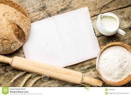 fonds de cuisine livre de cuisine ouvert avec le fond de boulangerie image stock