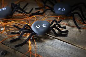 how to make pebble spiders hobbycraft blog