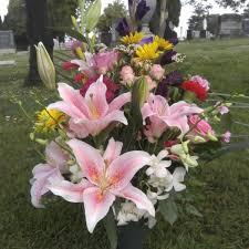 graveside flowers graveside flowers 3 cypress lawn