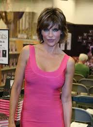 how does lisa rinna fix her hair lisa rinna beauty riot