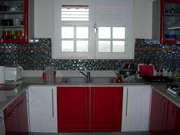 carrelage noir brillant salle de bain incroyable faience blanche salle de bain 14 cuisine rouge et