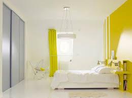 deco chambre peinture murale la peinture jaune pour une chambre c est chouette