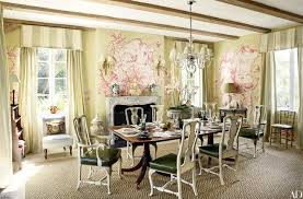 Chinoiserie Dining Room by Chinoiserie Wallpaper And Panels Take The Stage In These 12 Rooms