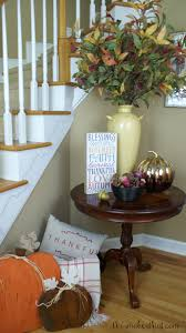 shoestring elegance 16 quick and easy ways to decorate for fall
