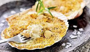 cuisiner st jacques surgel馥s 2 coquilles aux poissons et aux noix de jacques surgelés les