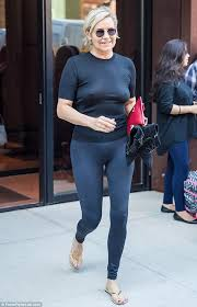 yolanda foster does she have fine or thick hair yolanda hadid goes braless in clingy black outfit in nyc fashion