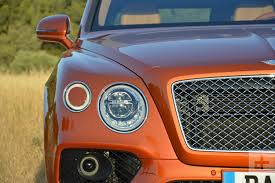 bentley jeep 2017 bentley bentayga review digital trends