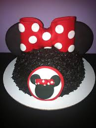 minnie mouse cakes cupcakes and even cake pops glitter