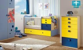chambre jaune et bleu chambre enfant chambre bébé jaune bleu 34 idées originales pour