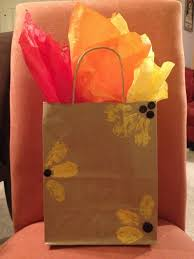 how to use tissue paper in a gift box 105 best decorated gift bags images on gift wrapping