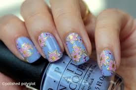 nail art floral nail design in lilac pink and gold 26gnai