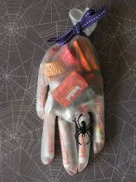 Halloween Food For Party Ideas by 15 Easy Last Minute Halloween Party Favor Ideas Ella Claire