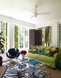 décoration canapé canapé vert dans le salon contemporain et idées déco assortie
