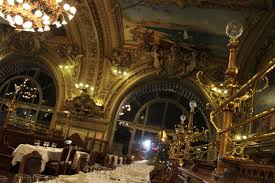 le train bleu exquisite and elegant pearlspotting