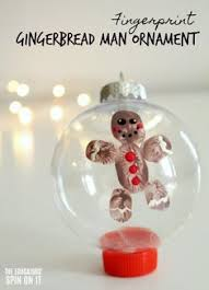 adorable fingerprint reindeer ornament to make with your child