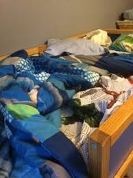 Bunk Bed Sheet Bunk Bed Bedding Woes 4 Awesome Zipper Solutions