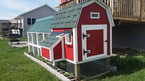 Red Barn Kennel Barn Style Coop With 4x10 Run In A Suburban Neighborhood