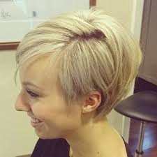hairstyle wedge at back bangs at side 20 chic wedge hairstyle designs you must try short haircut for