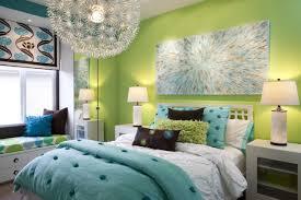 jugendzimmer türkis schlafzimmergestaltung mädchen türkis grün fenstersitzbank