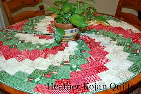 peppermint swirl tree skirt moda bake shop