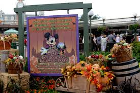 mickey u0027s not so scary halloween party cancelled for tonight