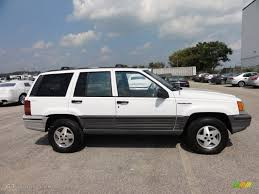 jeep cherokee white 1995 jeep cherokee limited news reviews msrp ratings with
