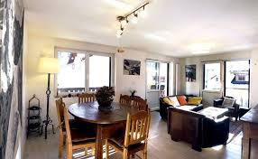 appartement avec 2 chambres centre chamonix appartement 70m 2 chambres garage cheminée vue